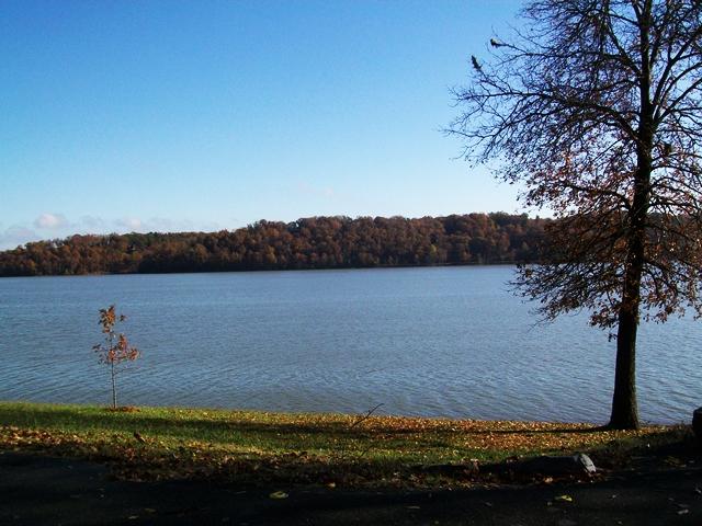 Horseshoe Bend Park Beaver Lake  Rogers Arkansas