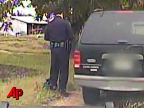 (VIDEO) Policeman vs Kitten