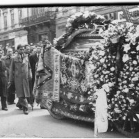 Aprilie, 1935. Înmormântarea lui Panait Istrati.