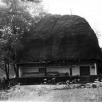 1986, Săcuieu. Case țărănești din secolul XIX.