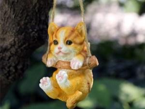 Hangend Katten Beeldje