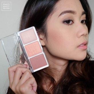 ใช้ Catrice Blush Artish Shading Blush Palette 010 BronzEclat : ใช้สีแมตต์สีแรกทำเป็นเฉดดิ้งที่ข้างแก้ม / ปัดโหนกแก้มด้วยสีชิมเมอร์สีกลาง