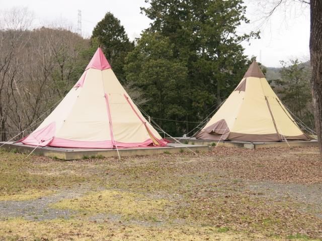 尼崎市立青少年いこいの家(常設テント:小川の8人用テント旧Pilz15で中はフルインナー付)