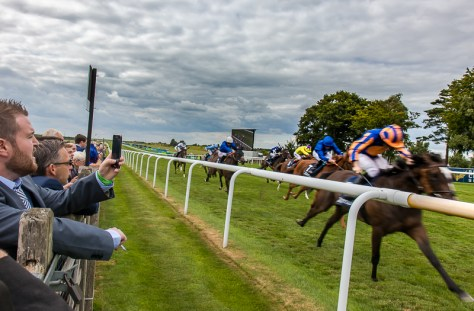 Newmarket_gentlemen's_day_Racecourse