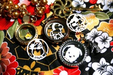 Paper cutting untuk kalung glass locket pendant Jacquelink, inisial nama, pasangan, kado unik untuk pacar dan sahabat
