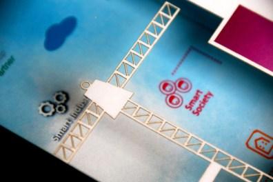 Cutteristic - Souvenir Pembicara IBM Blue Power 8