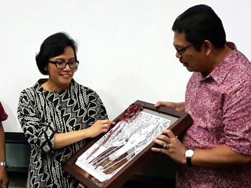 Cutteristic - Kado Ulang Tahun Menteri Keuangan Sri Mulyani Indrawati 9 Hadiyanto