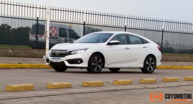 Honda Civic movim