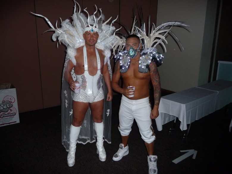 images/White Party 2013/feathered-friends_8607186278_o
