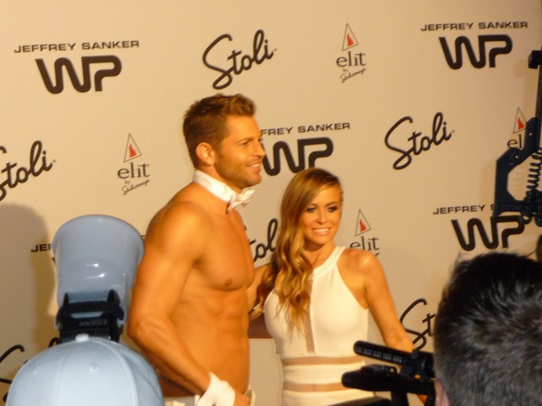 images/White Party 2013/jaymes-vaughan-and-carmen-electra_8607178044_o