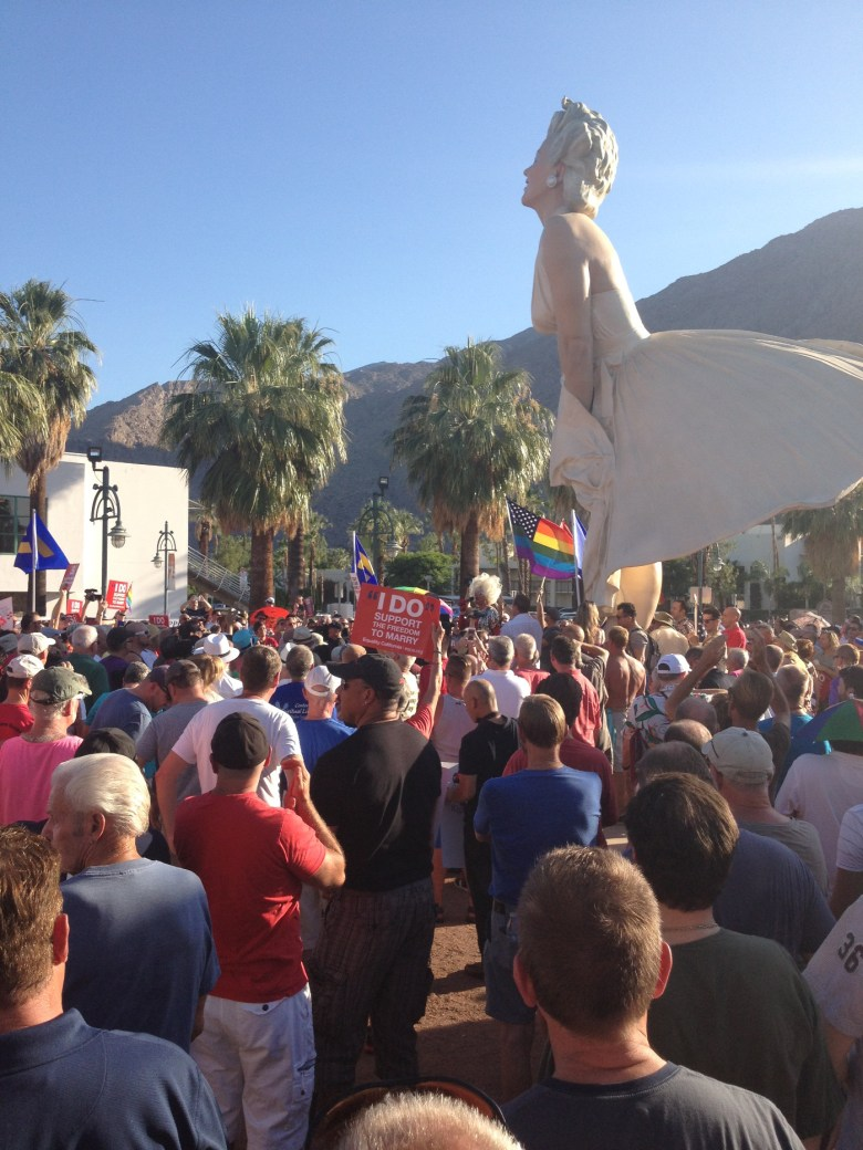 images/Prop 8/DOMA Repeal Rally at Forever Marilyn/june-26-rally-at-forever-marilyn_9146804431_o