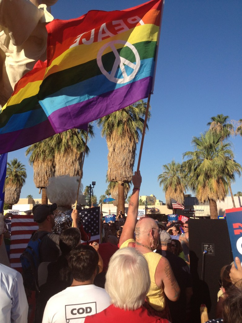 images/Prop 8/DOMA Repeal Rally at Forever Marilyn/june-26-rally-at-forever-marilyn_9146805439_o