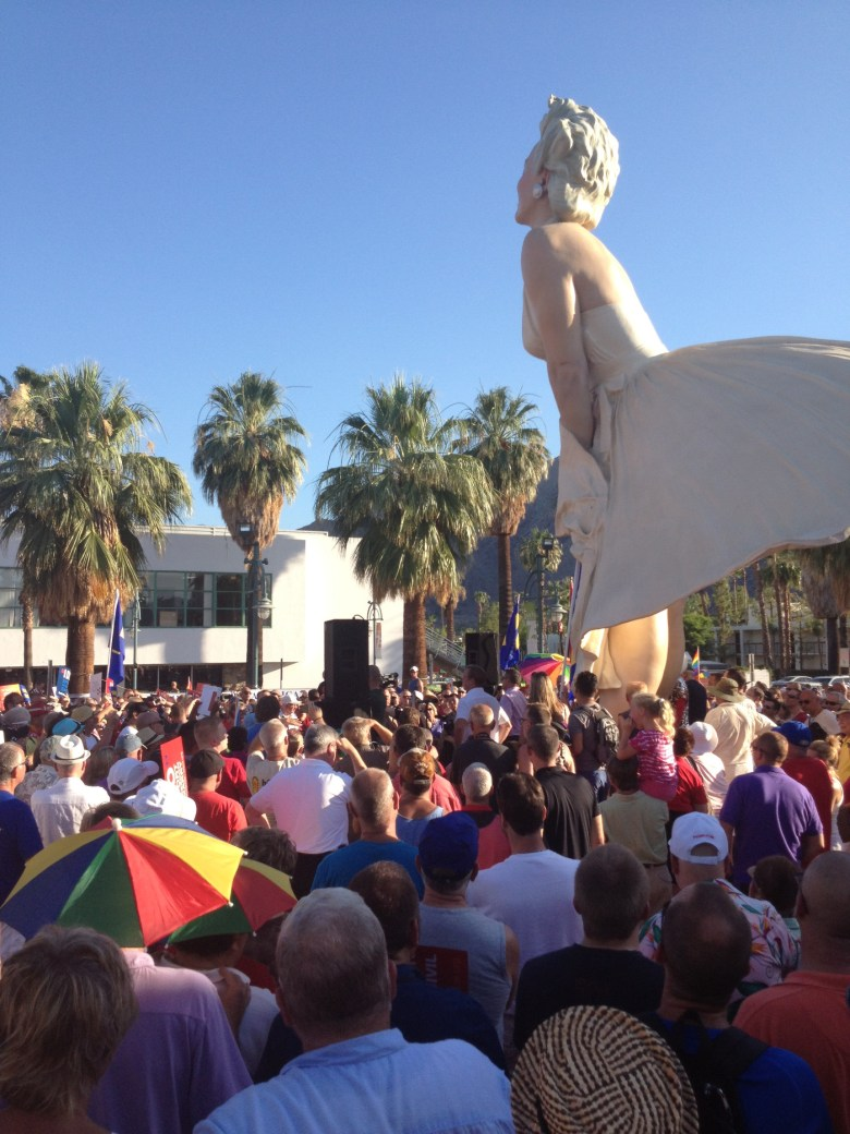 images/Prop 8/DOMA Repeal Rally at Forever Marilyn/photo-26june-26-rally-at-forever-marilyn_9146805933_o