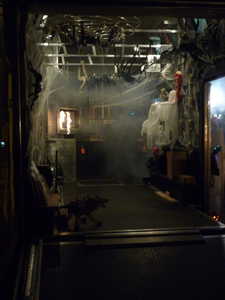 images/Downtown Palm Springs Halloween 2013/moderustic-trailer-spookiness_10603873035_o
