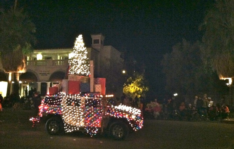 images/Palm Springs Festival of Lights Parade 2013/presents_11274632353_o