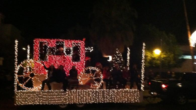 images/Palm Springs Festival of Lights Parade 2013/wagon_11274501473_o