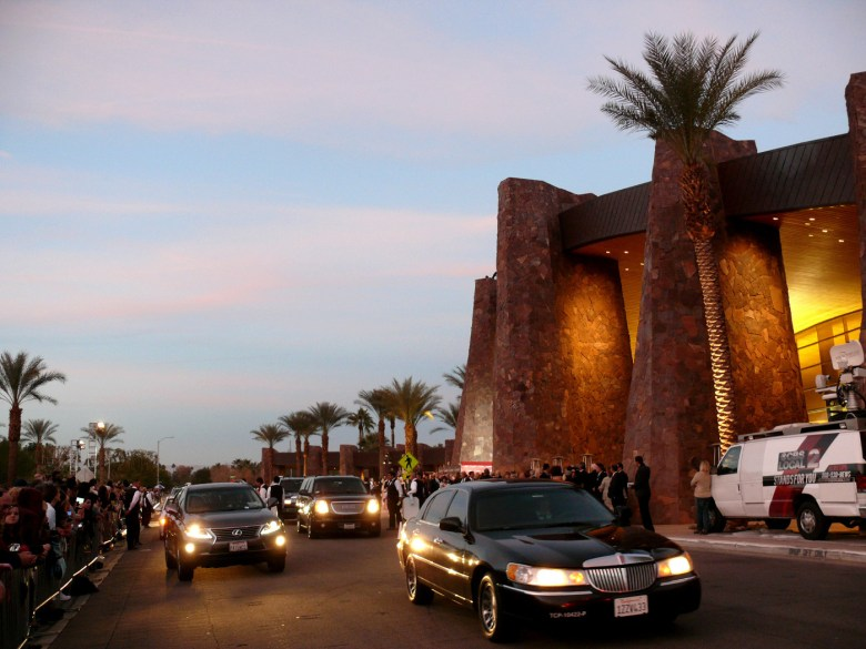 images/Palm Springs International Film Festival 2014 Opening Weekend/limos-on-parade_11788126165_o