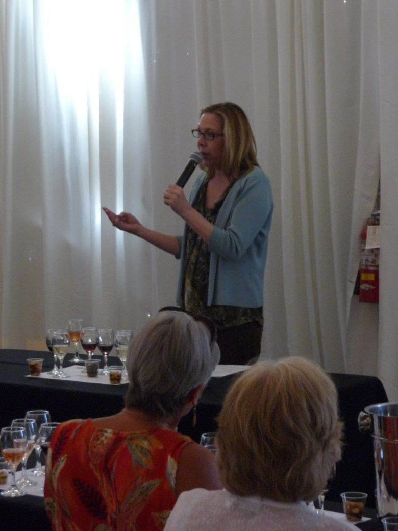 images/2014 PD Food and Wine Festival and Taste of the Saguaro/discussing-wine_13358288303_o