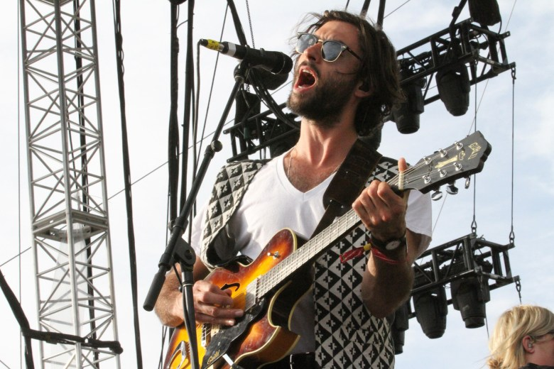 images/Coachella 2014 Weekend 2 Day 2/jonathan-russell-of-the-head-and-the-heart_13952855985_o