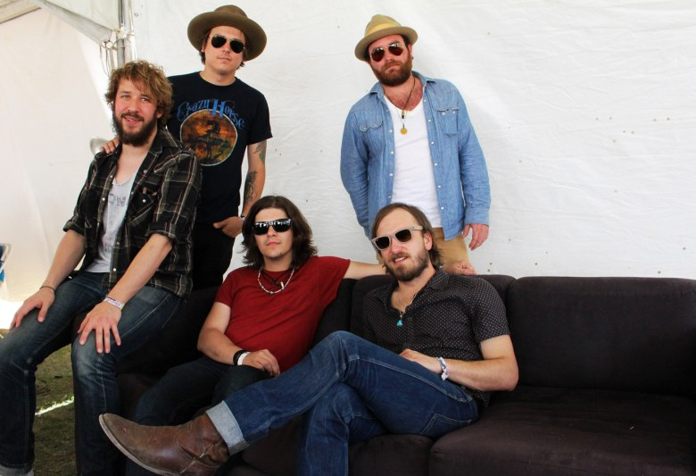images/Stagecoach 2014 Day 1/wild-feathers-strike-a-pose_14021728895_o