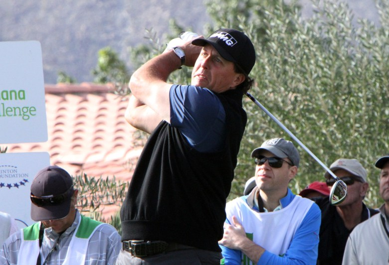 images/2015 Humana Challenge Finale/mickelson-shoots_16381801445_o