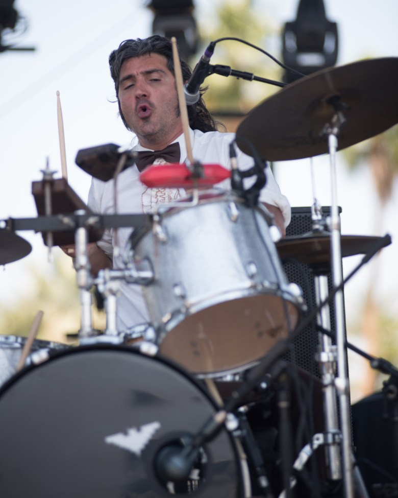 images/Coachella 2015 Weekend 2 Day 3/chicano-batman-drums_17214818022_o