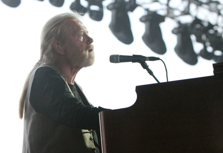 images/Stagecoach 2015 Day 2/gregg-allman-and-band1_16657414494_o