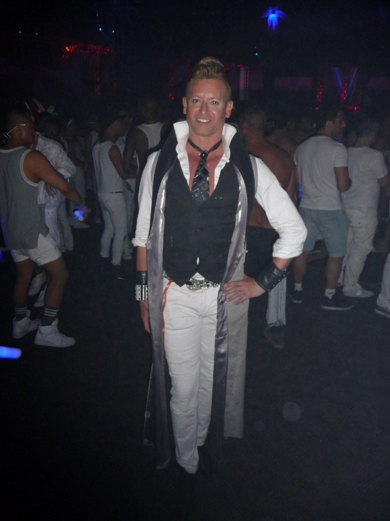 images/White Party 2015/patriks-big-smile_17092875159_o