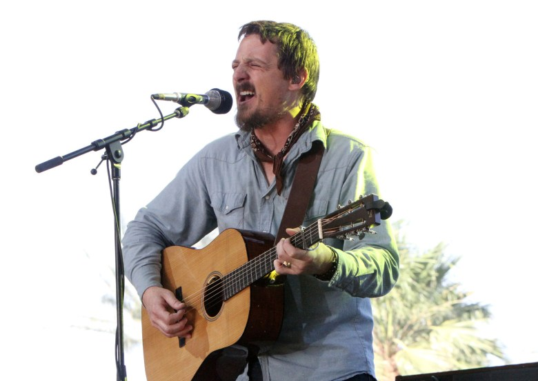 images/Stagecoach 2015 Day 1/sturgill-simpson_17081978609_o