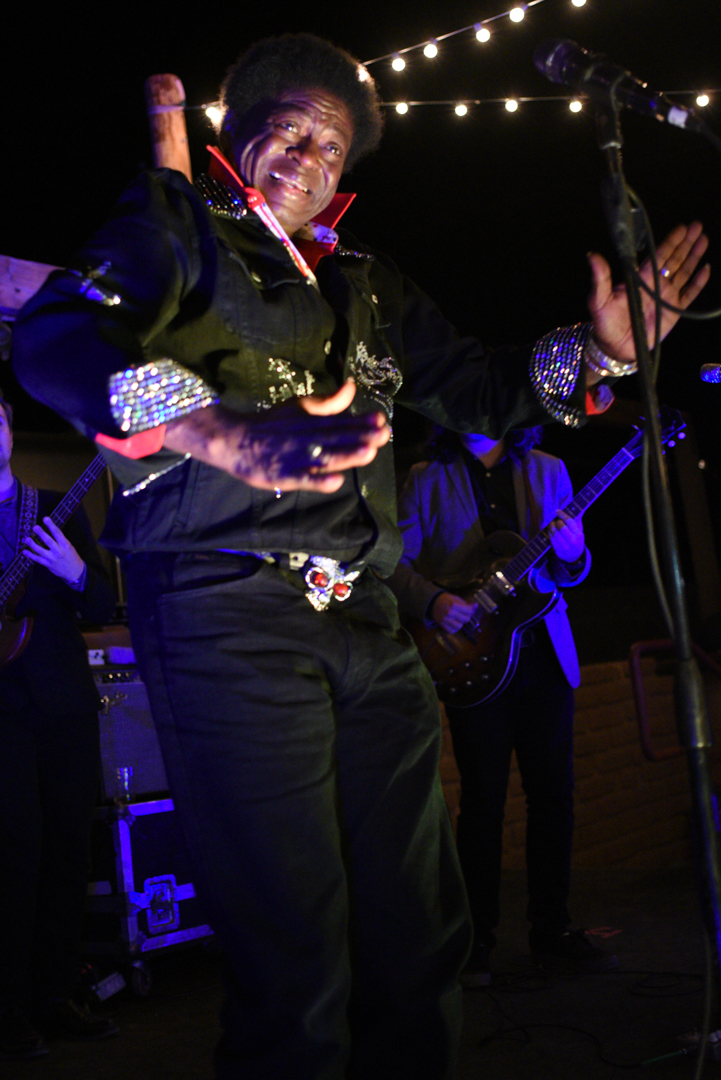 images/Charles Bradley at Pappy and Harriets/DSC_4377