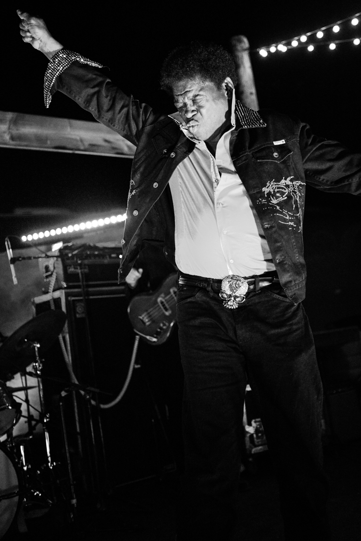 images/Charles Bradley at Pappy and Harriets/DSC_4688