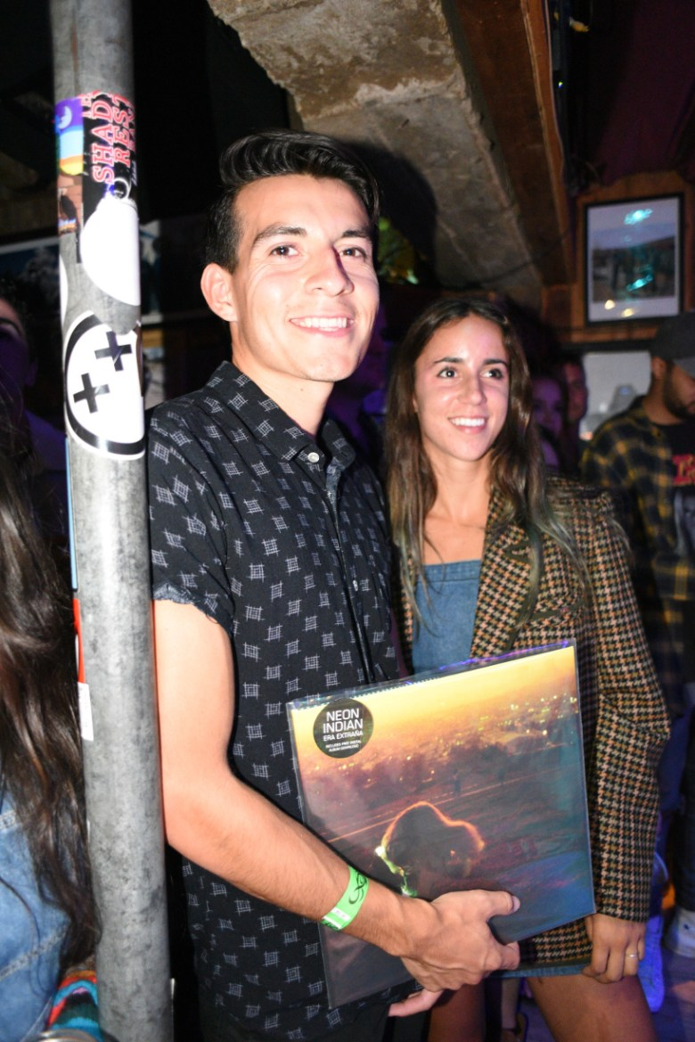 images/Neon Indian at Pappy and Harriets/DSC_4887