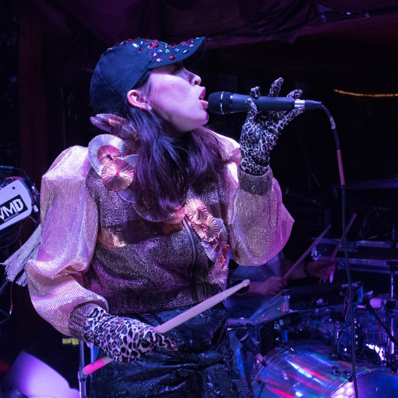 images/Little Dragon at Pappy and Harriets/DSC_5302