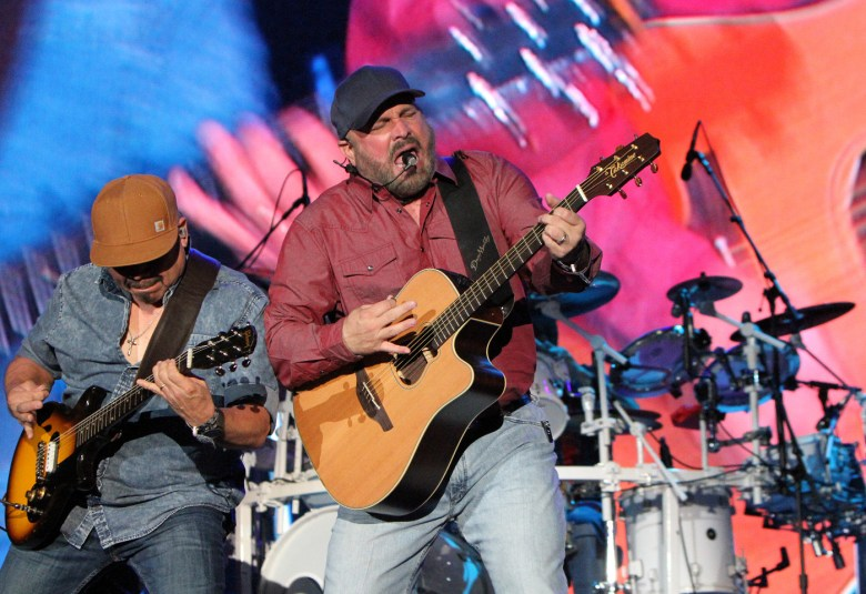 images/Stagecoach 2018 Day 3/Stagecoach2018_D3_Garth.Brooks.2