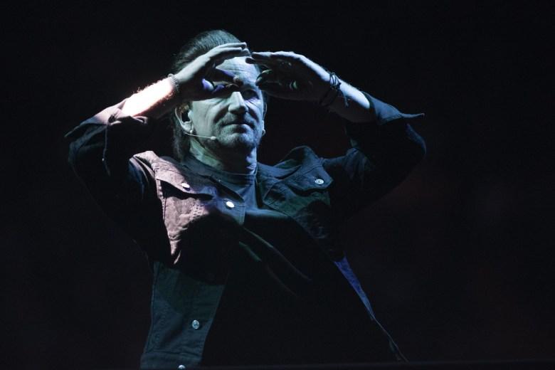 images/U2 at The Forum/DSC_7611