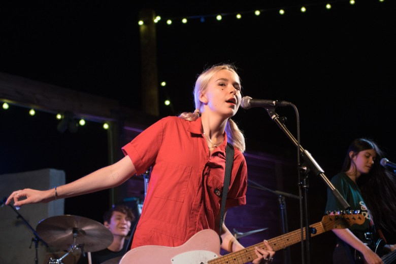 images/The Breeders and The Regrettes at Pappy and Harriets/LydiaNight