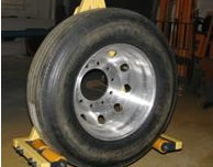 Below_Hook_Tire_Lift