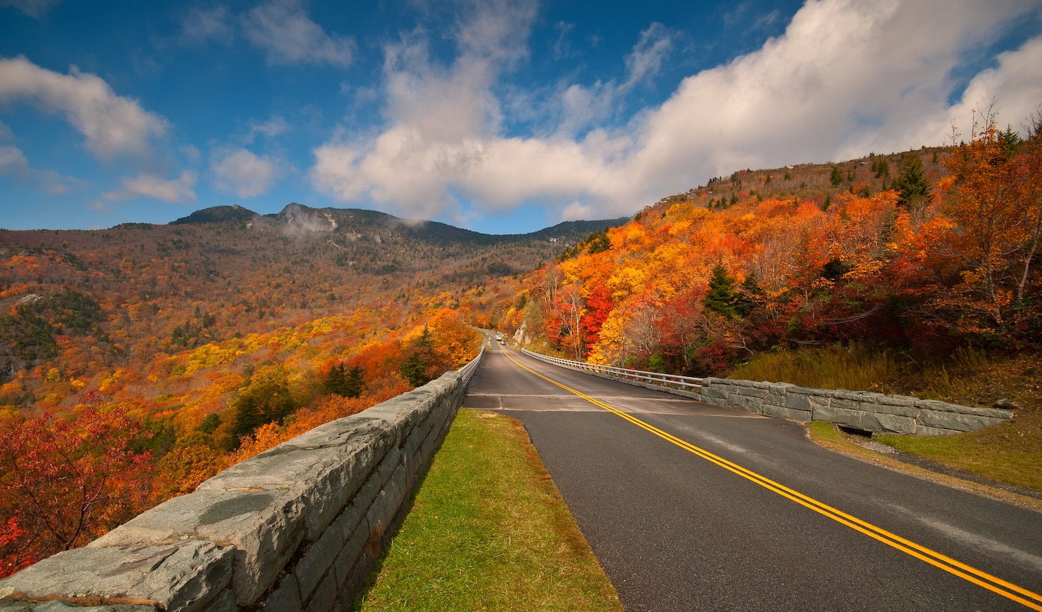 fall colors in the blue ridge mountains.