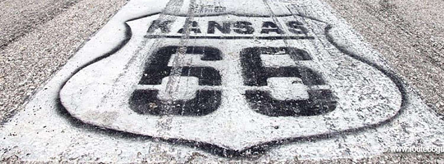 Photo Tripping America - Route 66 Kansas - Camping World