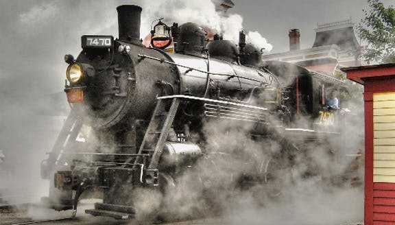 Excursion Trains in New Hampshire - Conway Scenic Railroad Steam Engine