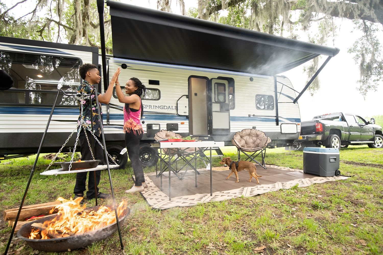 RV camping weekend warriors