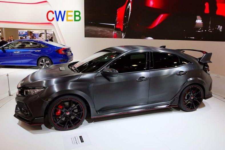 Honda_Civic_Type_R_-_Mondial_de_l'Automobile_de_Paris_2016_-_002.jpg