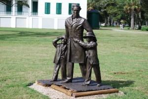 Statue026