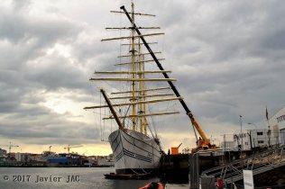 """estabilidad del buque velero"""" Kri Bima Suci """" (1)"""