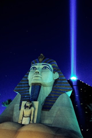 Pyramaid_Sphinx_Beam copy