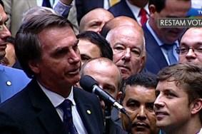 Bolsonaro exalta Cunha e Torturador da Ditadura