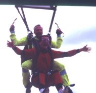2001-07-parachute-18-cyreal-arrivee-01