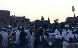 ma1999-jemaa-el-fna-gargotes