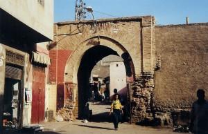 Une entrée des souks de Marrakech