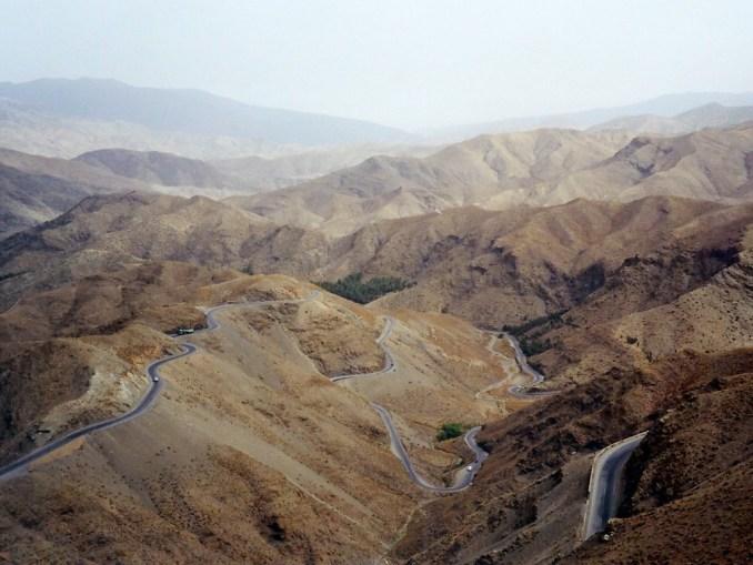 La route du Tzi-N-Tchika entre Ouarzazate et Marrakech